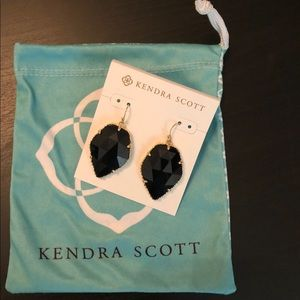 Kendra Scott Corley Earring Black and Gold